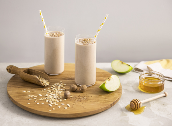 Spiced Apple, Oat & Honey Smoothie